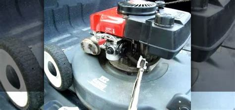 how to clean lawn mower how to clean out the carburetor on a push lawn mower 171 maintenance wonderhowto