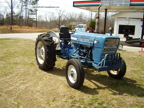 ford wd gas  power steering tractor
