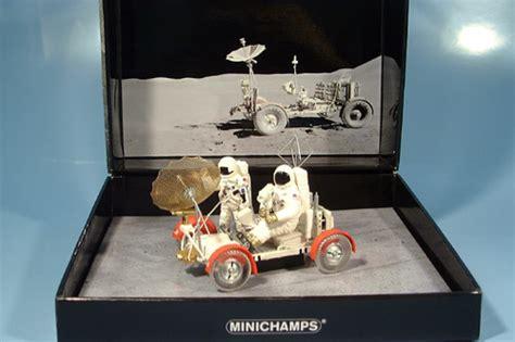 Die Filigrane Miniatur Des Wohl Außergewöhnlichsten Autos