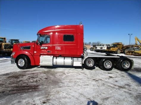 volvo 880 truck 2008 volvo vt64t 880 sleeper truck hes equipment a b