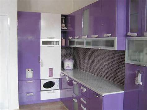 inspirasi desain dapur minimalis warna ungu  indah