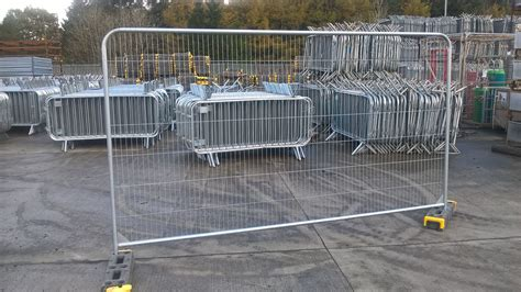 Circular Trellis Panels by Fence Panels Top Temporary Fencing Barriers