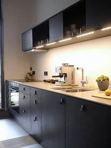 Küche Schwarz Matt : schwarze k che 21 elegante design ideen ~ Markanthonyermac.com Haus und Dekorationen