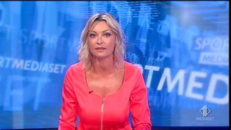 Monica Vanali bis 198 TELEGIORNALISTE FANS FORUM