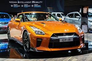 Orange, Nissan, Gtr, Editorial, Image, Image, Of, Affordability