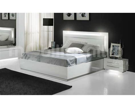 led chambre lit adulte avec led uccdesign com