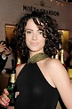 Amy Manson - awesome curls!! Umm is it weird that when I ...
