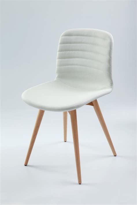 chaise blanche et bois chaise blanche cuisine view images chaise blanche