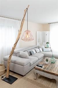 Lampe Bois Flotté : lampadaire en bois flott avec cage cuivr ambiance nature ~ Teatrodelosmanantiales.com Idées de Décoration