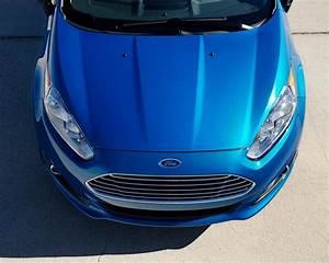 Ford Fiesta Kinetic Titanium  2014