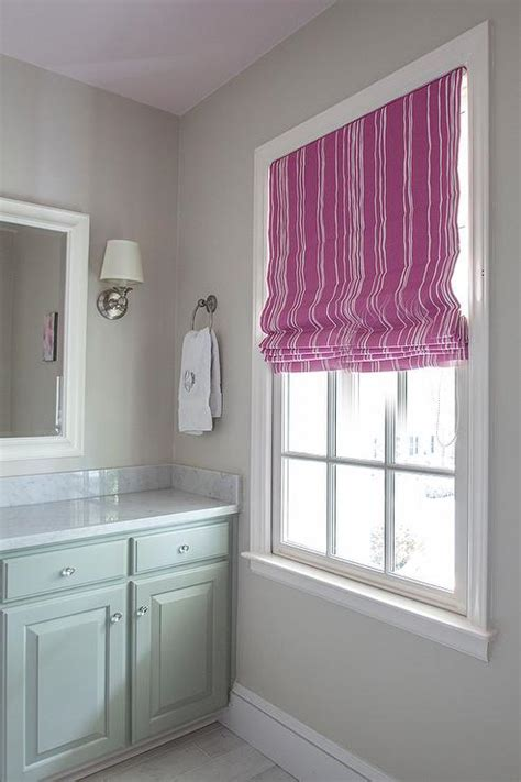pink  green kids bathroom  lilac painted ceiling