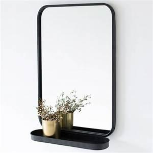 Miroir Metal Noir : miroir avec tag re en m tal noir bords arrondis decoclico ~ Teatrodelosmanantiales.com Idées de Décoration