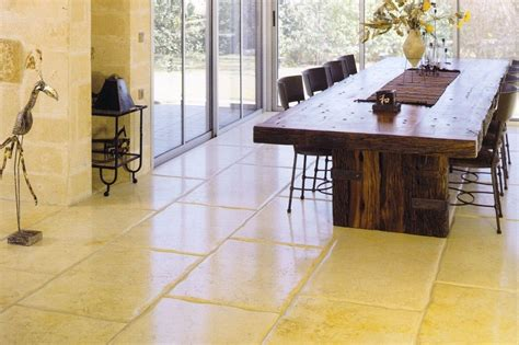 Pietra Per Pavimenti Interni Pavimenti In Pietra Per Interni Designandmore Arredare Casa