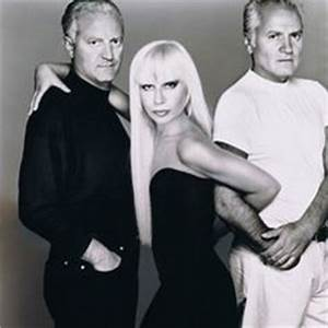 Donatella Versace *did you see how nice and small her lips ...