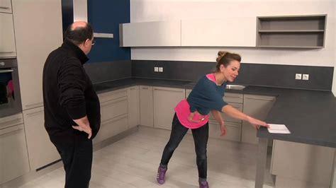 poser plinthe cuisine etape 8 entretien de la cuisine gammes les tentations