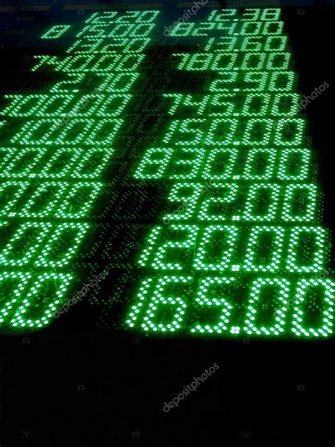 bid stock stock bid numbers money exchange rate green led panel