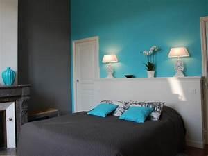 visiter bordeaux a pied via les chambres de camille sur With chambre turquoise et noir
