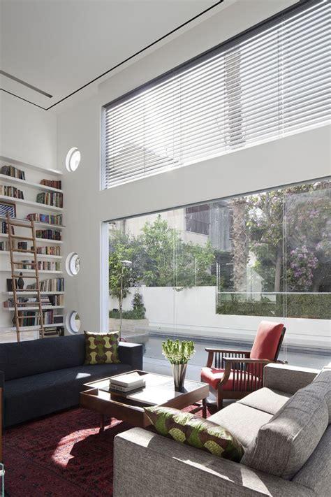 Excellent Minimalist Living Room Decorating Interior