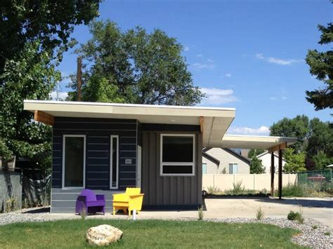 Sarah House, An Affordable Green Container Home