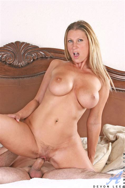 Naughty Milf Devon Lee Enjoys Hard Sex My Pornstar Book