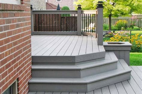 inteplast deck  grey   perfect match   red brick