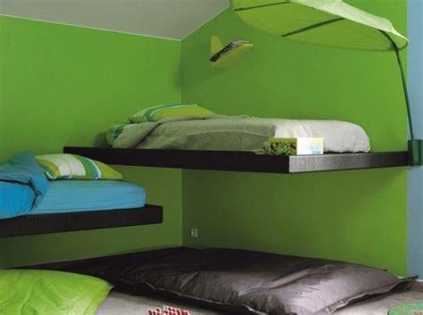 chambre garcon vert chambre garcon murs verts for the home