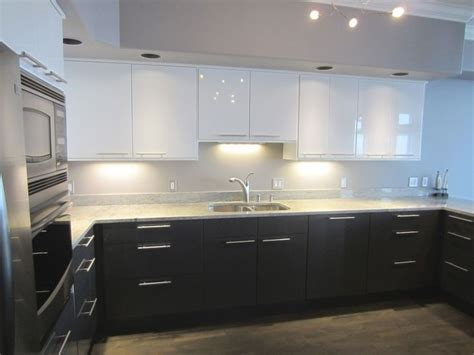 kitchen cabinets white top black bottom white top and black bottom kitchen cabinets kitchen 9177