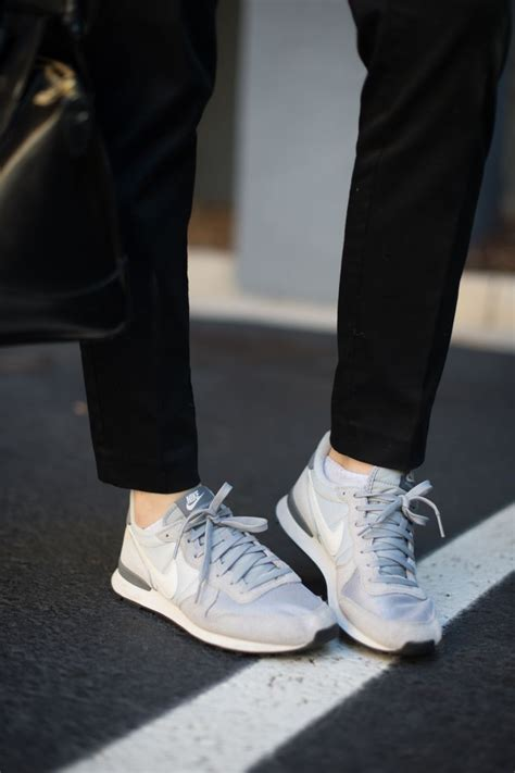 Nike Internationalist Womens Sneaker | How to style sneakers like a pro| Casual outfit ideas via ...