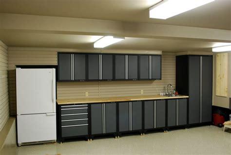 rangement astucieux chambre meubles rangement garage ikea