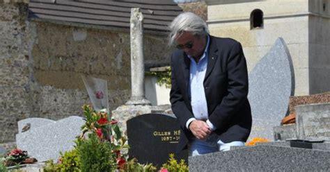jean gabin boissy romy schneider alain delon seul se recueille sur sa tombe