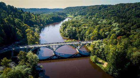 Fotoreportāža: pēc rekonstrukcijas atklāts tilts pār Gauju Siguldā - Latvijas Valsts Ceļi