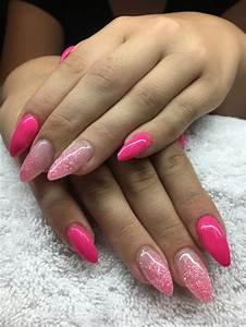 Ongles Pinterest : les 25 meilleures id es de la cat gorie ongles en gel rose sur pinterest jolis ongles en gel ~ Dode.kayakingforconservation.com Idées de Décoration