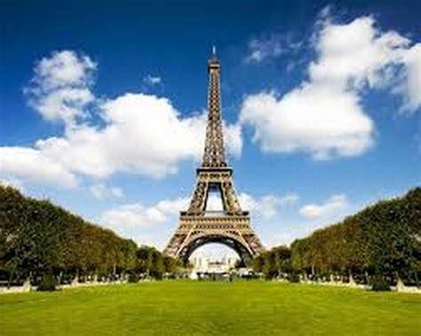 objek tempat wisata terkenal  paris populer terbaik