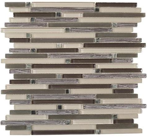 Glazzio Tiles Colonial Series by Universal Ceramic Tiles New York Kitchens