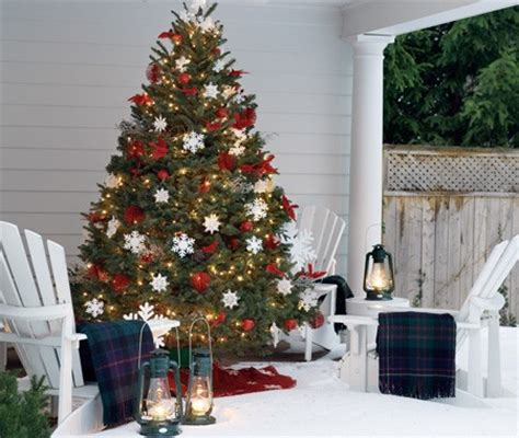 front porch christmas trees 10 christmas decorating ideas for your front porch bookmarc online