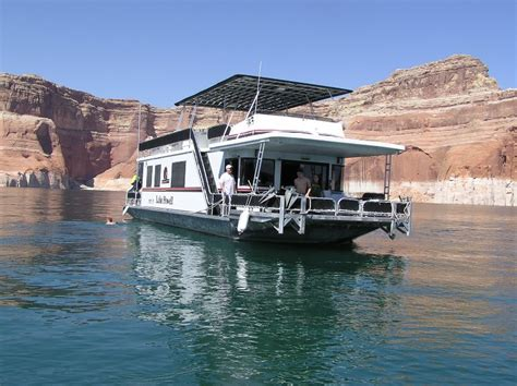 Houseboats Lake Powell by On A Houseboat In Lake Powell A Great Place To Gather