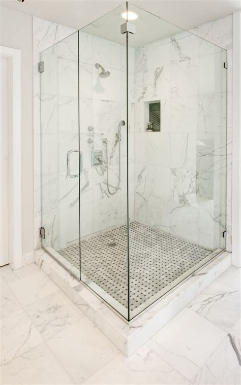 bathroom and shower tile ideas 30 pictures of bathroom wall tile 12x12