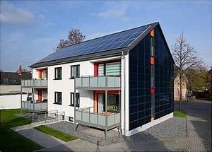 Solaranlage Dach Kosten : photovoltaik fassade konstruktion und praxisbeispiele ~ Orissabook.com Haus und Dekorationen