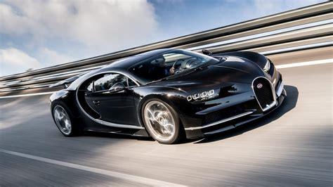 dit zijn  wel heel erg dikke zwarte autos speciaal
