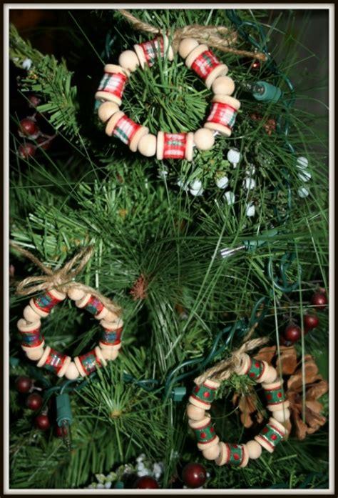 hot gift sale set   wooden mini wreath spool