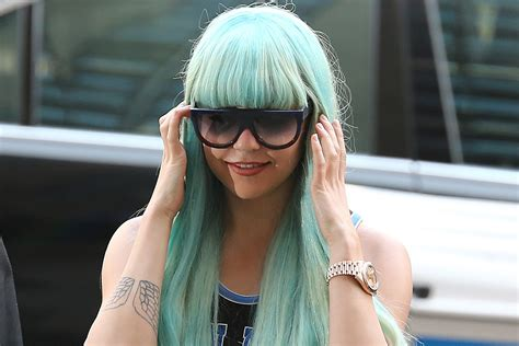 Amanda Bynes Escorted Out of NYC Airport After Hostile ...