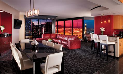 review hilton elara las vegas suites