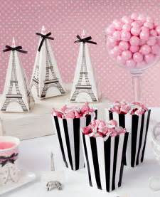 Graduation Table Decorations Uk by How To Plan The Perfect Paris Themed Party Party