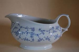 Seltmann Weiden Porzellan : sauciere rose blaue ranke seltmann weiden porzellan nach herstellern seltmann weiden rose ~ Orissabook.com Haus und Dekorationen