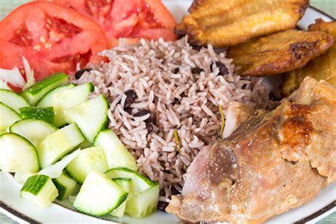 cuisiner pour ses voisins cuisine cubaine les spécialités locales lonely planet