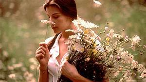 Why Liv Tyler's Stealing Beauty Is the Ultimate Summer ...