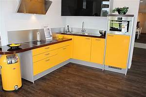 Gelbe kuche mobelideen for Gelbe küche