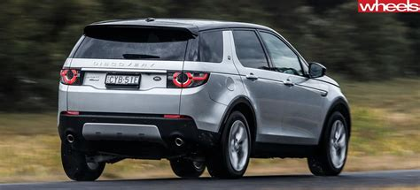 land rover discovery sport review price features