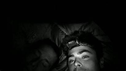 Zac Efron Kiss Scenes Wall Murder Shirtless