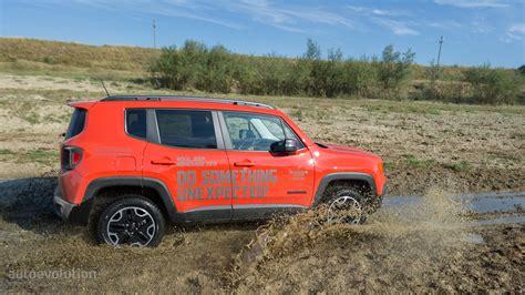 Ee  Jeep Ee   Renegade  Ee  Trailhawk Ee   Review Autoevolution